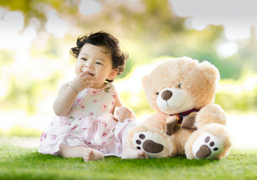 Teething in babies can be cured naturally through home remedies